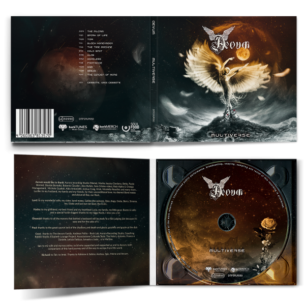 Digipak with booklet